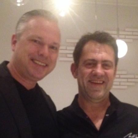 Met chef Michel Sarran (r)