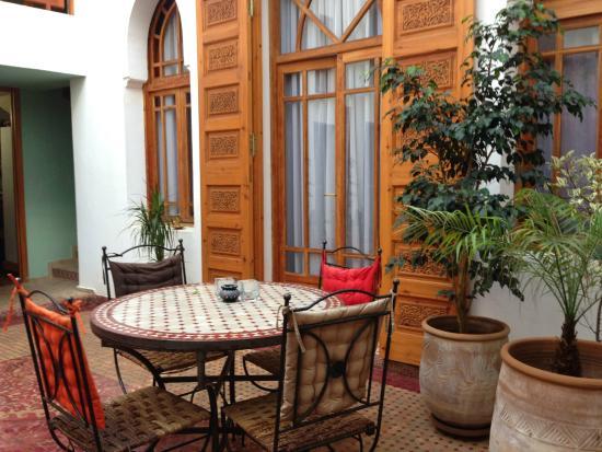 Ryad Dar Karima: Pretty courtyard