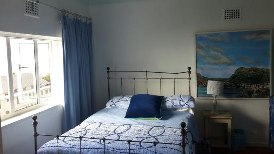 Blue On Blue Bed & Breakfast: the blue room
