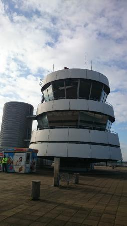 Dusseldorf airport visitor's terraces : Observation tower
