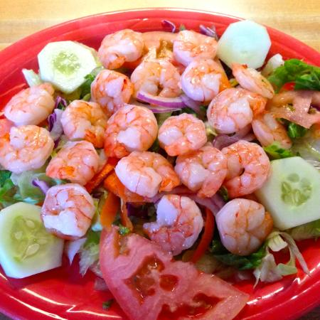 Cocula Mexican Restaurant II: Shrimp on salad