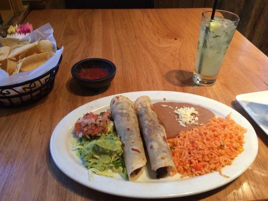 Escalante's : Tacos al Carbon and Patron Mojito