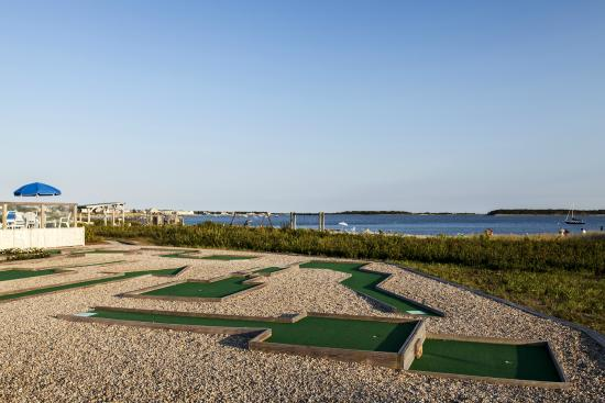 Oceanfront mini golf at the resort