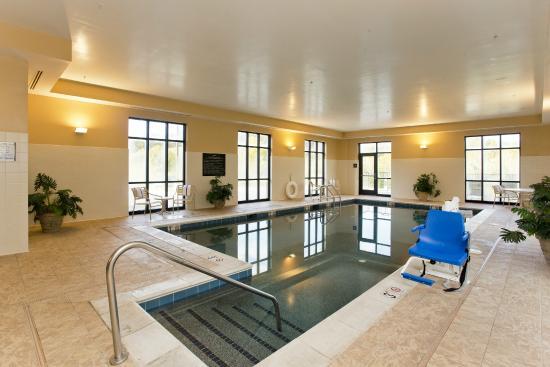 Front Royal, VA: Indoor Pool