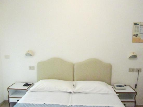 Hotel Muccioli: Camere #hotel #Muccioli #misano