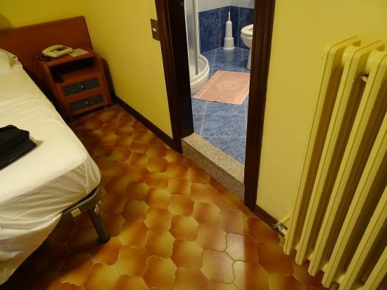 Hotel Romagna: Marche dangereuse.