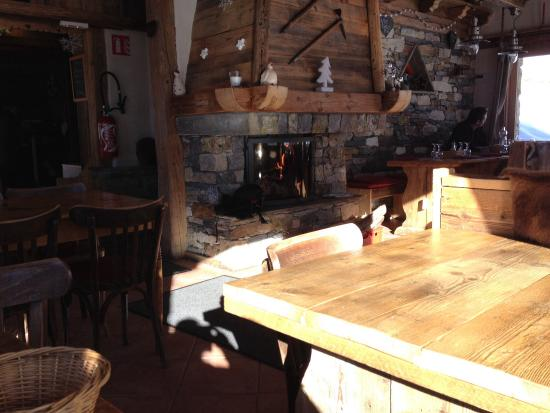 Refuge des Barmettes: Cozy as can be