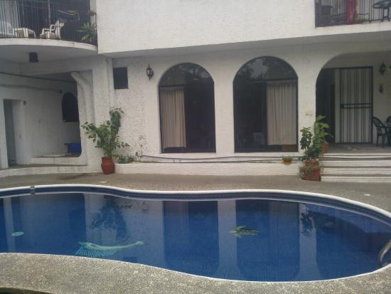 Villas Mercedes: ventanas de la habitacion # 2