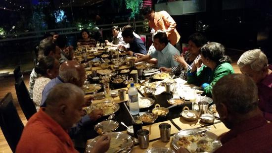 Chutneys At Cinnamon Grand Colombo : dinner group