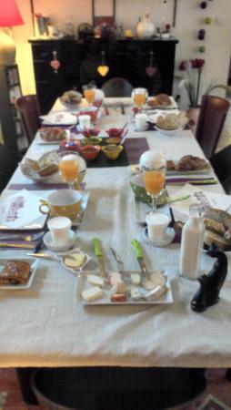 Escapade Amboisienne : La table du petit déjeuner