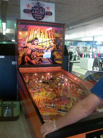 Grandy, Carolina del Norte: World's Largest Pinball Game