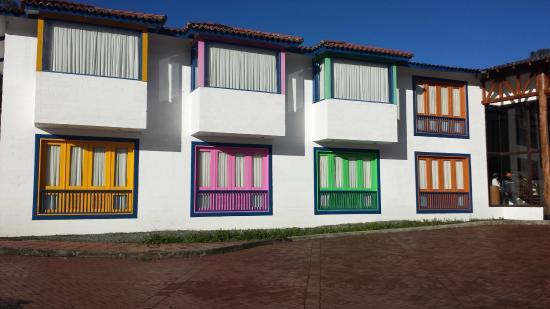 Termales el Otono: Colorful