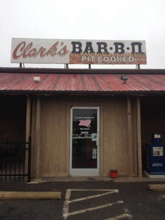 ‪Clark's Barbecue‬
