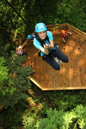 Refreshing Mountain : The Aerial Excursion Rappel