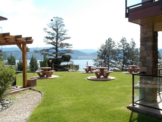 Lake Okanagan Resort: Pointe Beach Villa BBQ Area