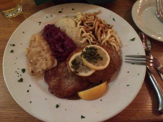 Black Forest : Wiener Schnitzel - very good!