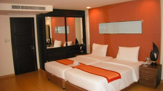 Aspen Suites Sukhumvit 2 by Compass Hospitality : Bedroom2