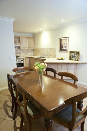 Bathurst Heritage Apartments & Cottages