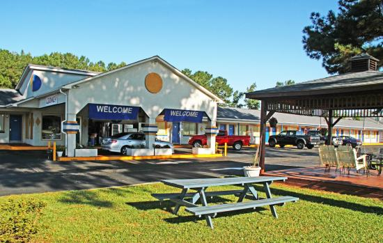 Breakfast Restaurants In Plymouth Nc