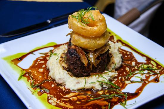 Portsmouth, Dominique : Friday Fine Dining Food Photos