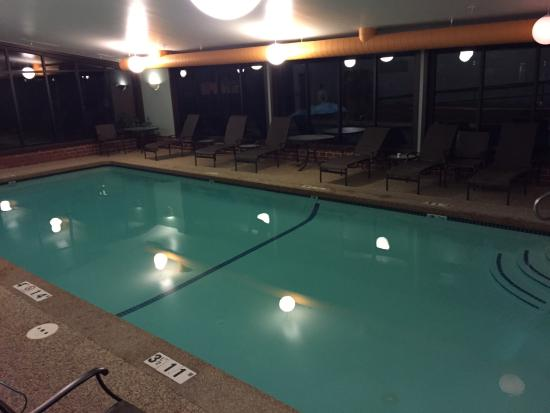 Embassy Suites by Hilton Portland Maine : Nice pool