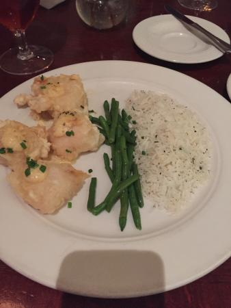 Bistro 1888: Tempura scallops with delicate white rice and haricots vert.