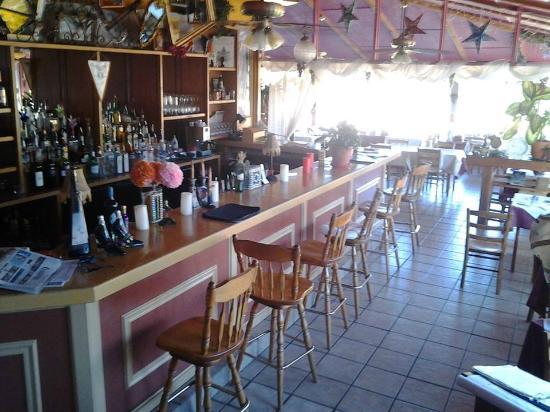 Melio's Trattoria : bar
