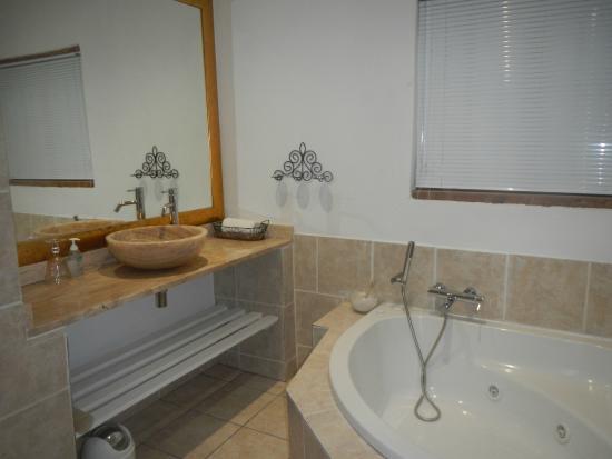 De Opstal : Bath area