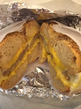 Ess-a-Bagel : 店員おすすめの朝食ベーグル
