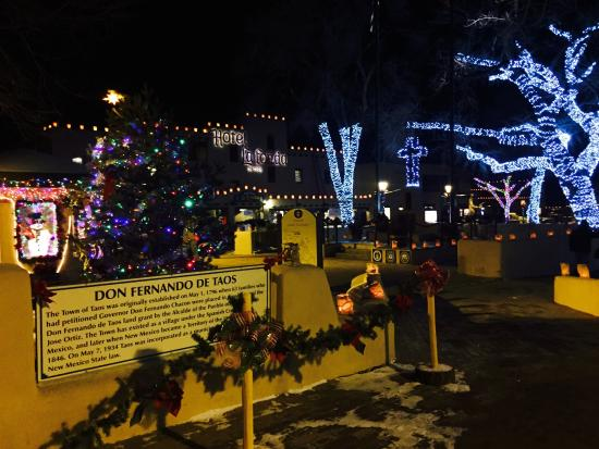 Taos Plaza at Christmas! - Picture of