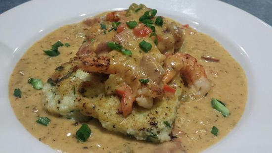 Rockfish Seafood Grill: Shrimp n grits