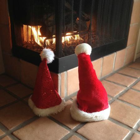 Adobe Inn: christmas by the fireplace