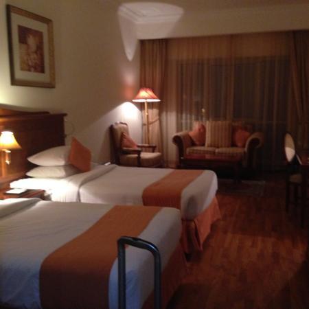 Grand Excelsior Hotel Bur Dubai: ホテルの部屋です(ツイン)