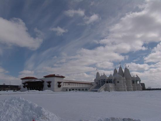 BAPS Shri Swaminarayan Mandir: BAPS Mandir in snow