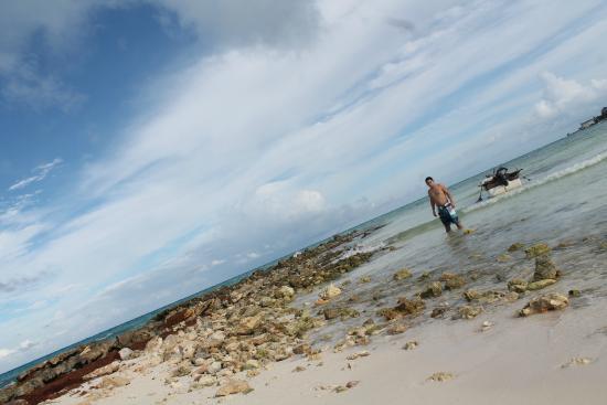 Cooperativa de Pescadores : Refrescarse con un poco de sol después de tanta lluvia