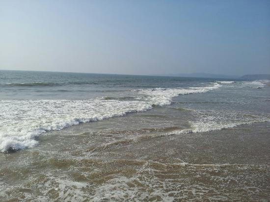 Kumta, India: Beach near temple