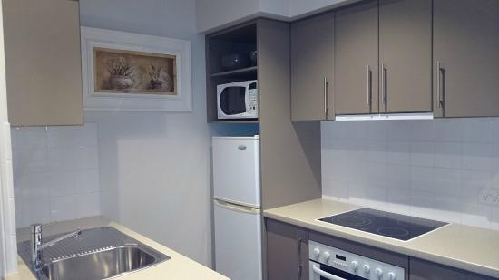 Gallery Apartments : Kitchen