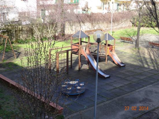 Careggi: Giardino per bambini / children park