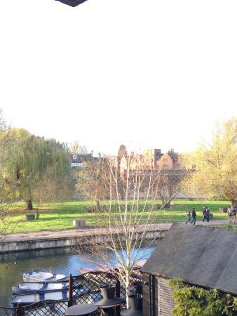 Doubletree by Hilton Cambridge City Centre: River Cam