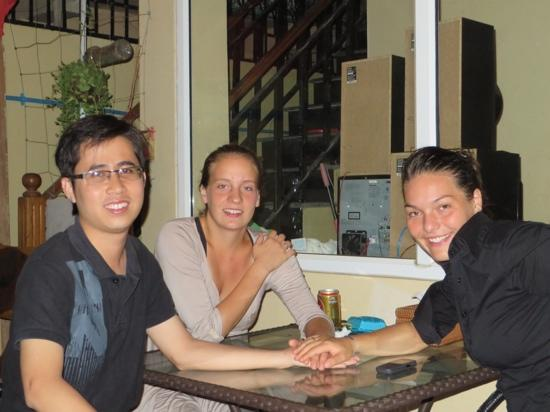 Homeland Guesthouse: Making new friends at Homelands Guesthouse!