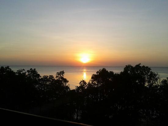 Protea Hotel by Marriott Zanzibar Mbweni Ruins : Sonnenuntergang vom Restaurant