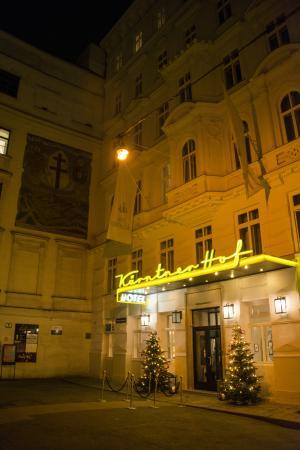 Hotel Kärntnerhof: Frontside