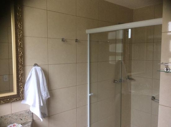 Hotel La Ponsa Itatiaia: Bathroom