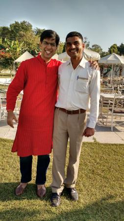 Raaj Bagh: Vijay, our server!