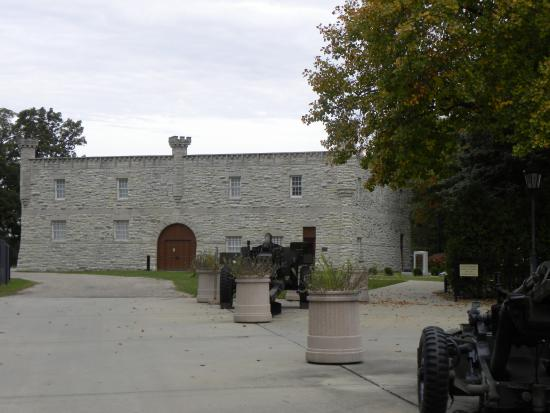 Illinois State Military Museum : the museum  building