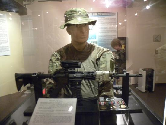 Illinois State Military Museum : a display