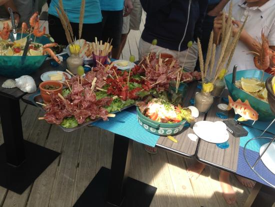 Bar restaurant Le Knell's: Des buffets énormes !!!