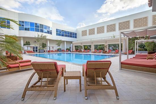 Novotel World Trade Centre Dubai: Outdoor Pool