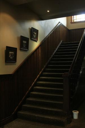 The Cambridge Hotel: majestic staircase