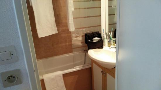 Hotel Club MMV Les Bergers : Bathroom
